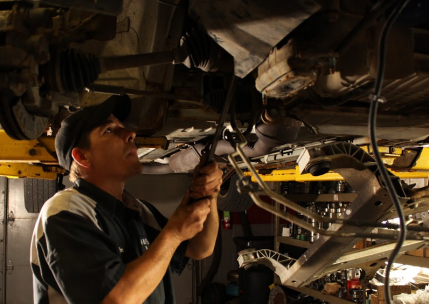 M&R Auto Repair Internal Engine services