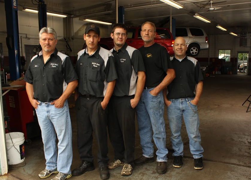 M&R Auto Repair Service Team