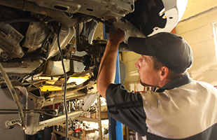 M&R Auto service vehicle repair